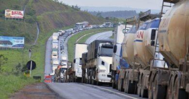 Greve dos caminhoneiros! Alta do diesel faz categoria prometer greve maior que a de 2018.