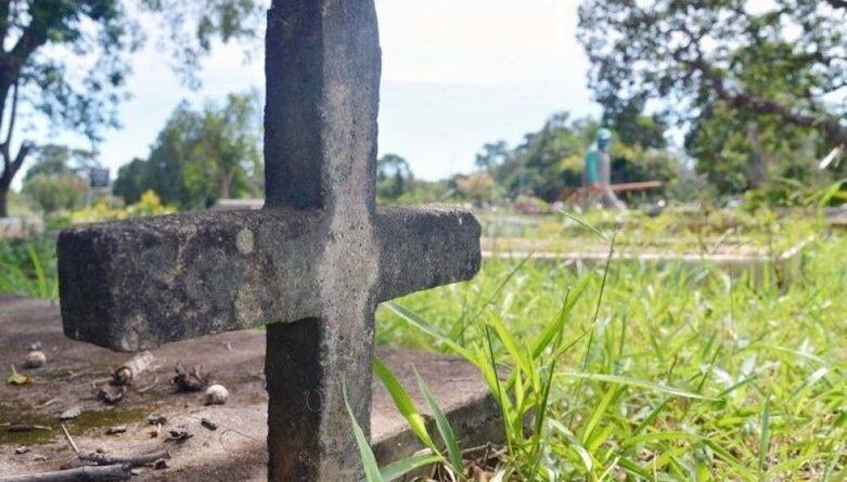Filho morre durante o velório do pai após sofrer mal súbito.