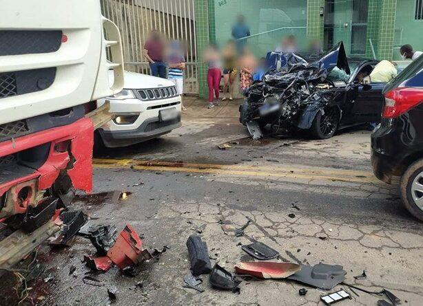 Acidente em Santa Teresa deixa mãe e dois filhos feridos. Veja o vídeo!