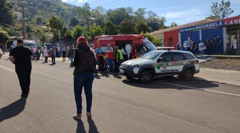 Tragédia: Jovem invade creche e mata 2 funcionárias e 3 crianças em Santa Catarina-SC.